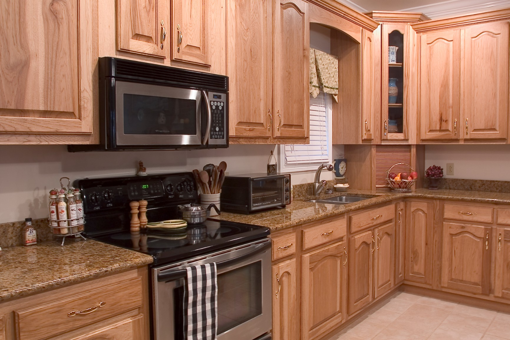 Hickory Kitchens  Wood Hollow Cabinets
