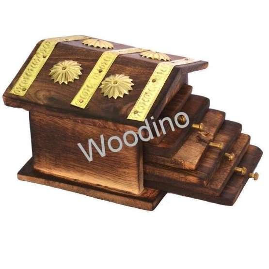 Woodino Hut Design Mango Wood Tea Coaster Set