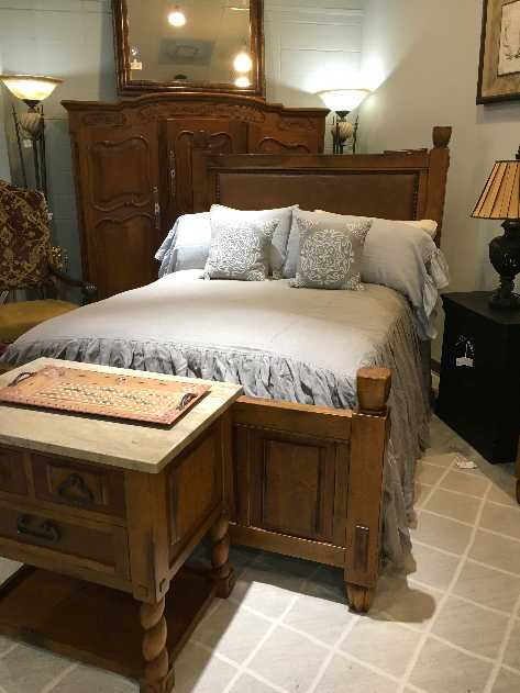 hickory chair furniture beds high chairs target queen bed with rails woodlands online