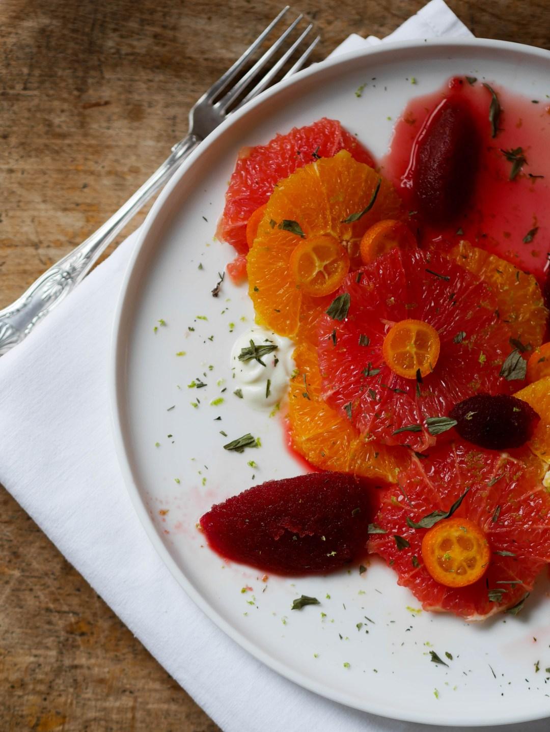 carpaccio-agrumes-sorbet-betterave-aspérule-woodmoodfood