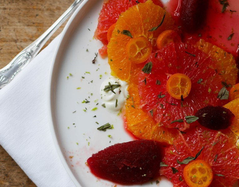 carpaccio-agrumes-sorbet-betterave-aspérule-woodmoodfood
