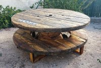 Recycled Pallets Cable Reel Patio Furniture Idea | Wood ...