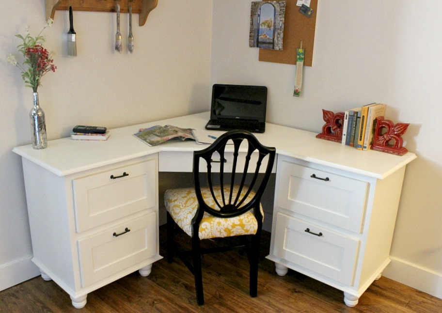 white corner desk with moulding