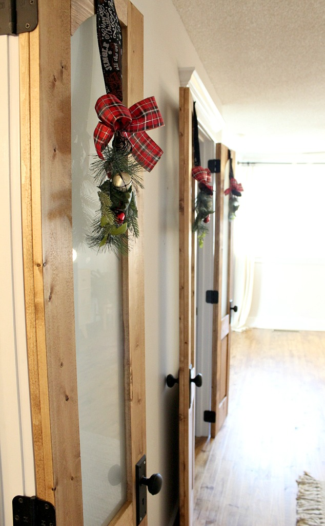 Give Your Doors Some Swag with this Five Minute Decoration!