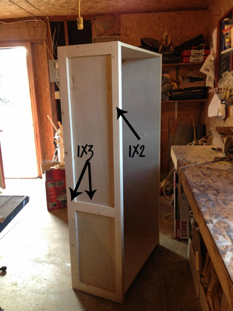 How to Build a DIY Bookshelf