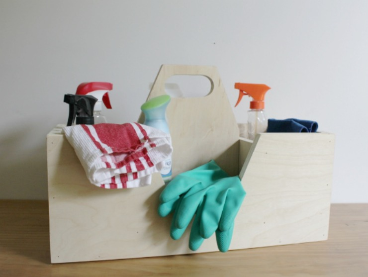 How to build a Scrap Wood Carrying Caddy for Cleaning Supplies