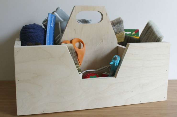 How to build a Scrap Wood Carrying Caddy for Crafting Supplies