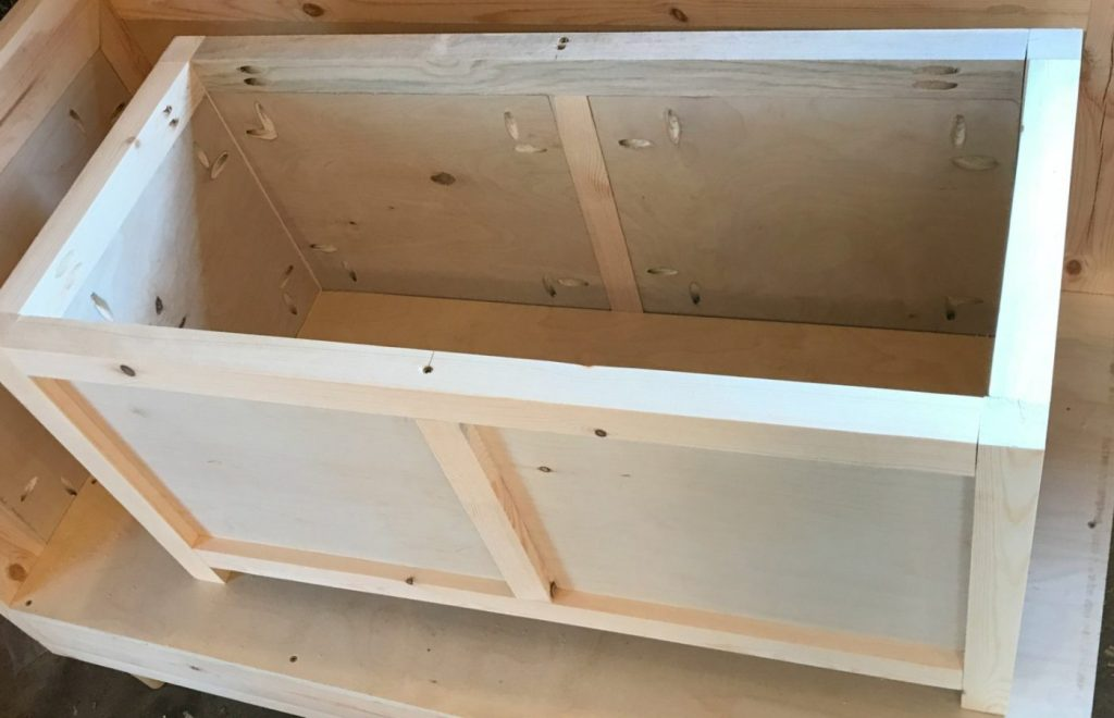 How to build a DIY Storage Chest add the bottom piece