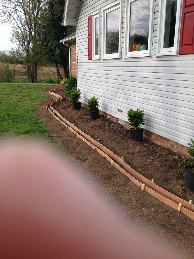 How to improve curb appeal--adding a concrete landscape edging