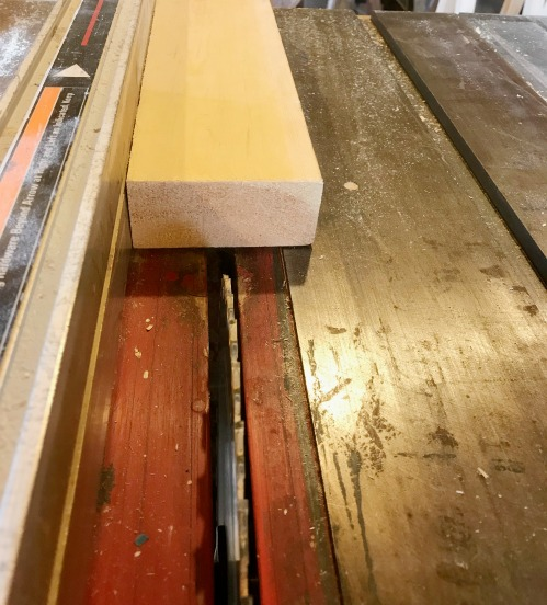 How to cut 2x2s from 2x4s
