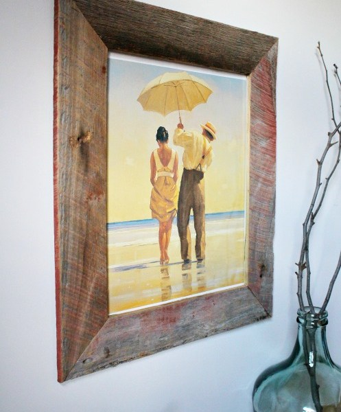 DIY Barn wood picture frame--could also be made from pallets!