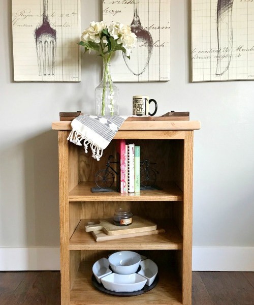 How to build a simple, little DIY bookshelf