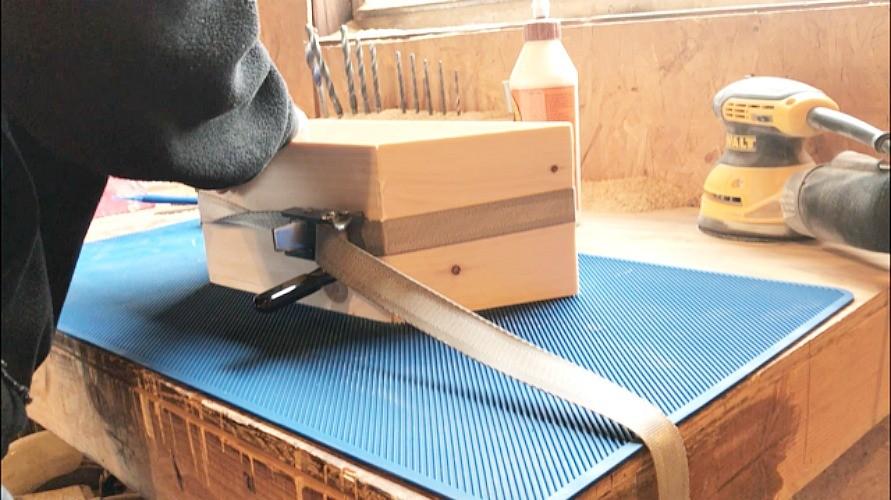 DIY Retro Wooden Bluetooth Speaker Box
