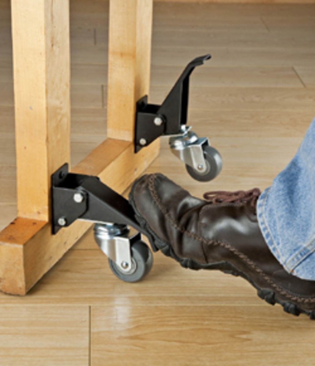 Rockler offers caster kit with onetouch lift mechanism