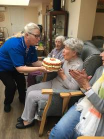 Betty receives her beautiful cake