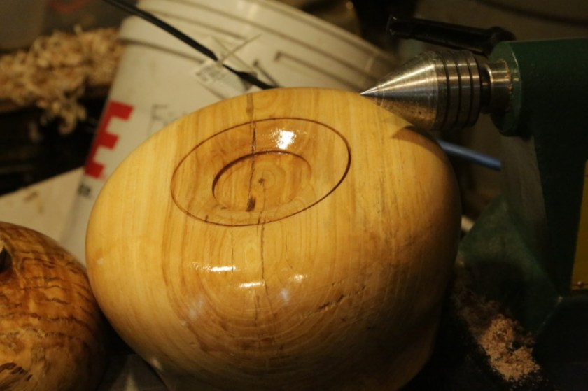 finishing wood bowl bottom when using recess for Nova Scroll chuck