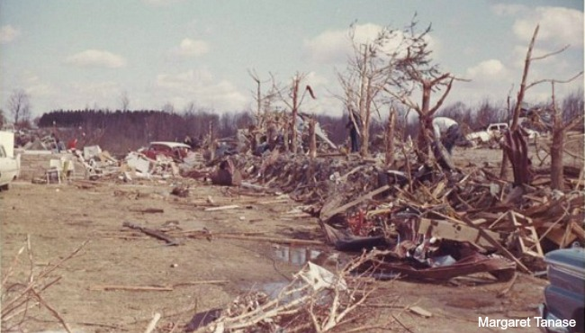 1965 Palm Sunday tornado (file)_86957