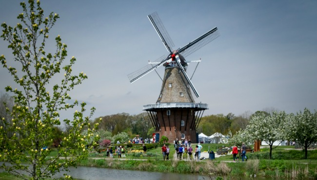 Windmill island Holland