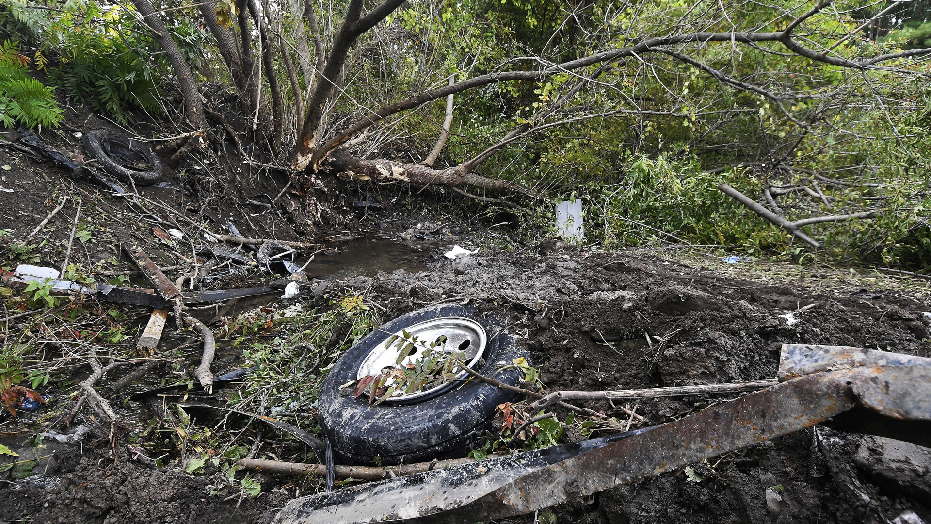 Schoharie New York Limousine crash 100718 AP_1538939219307