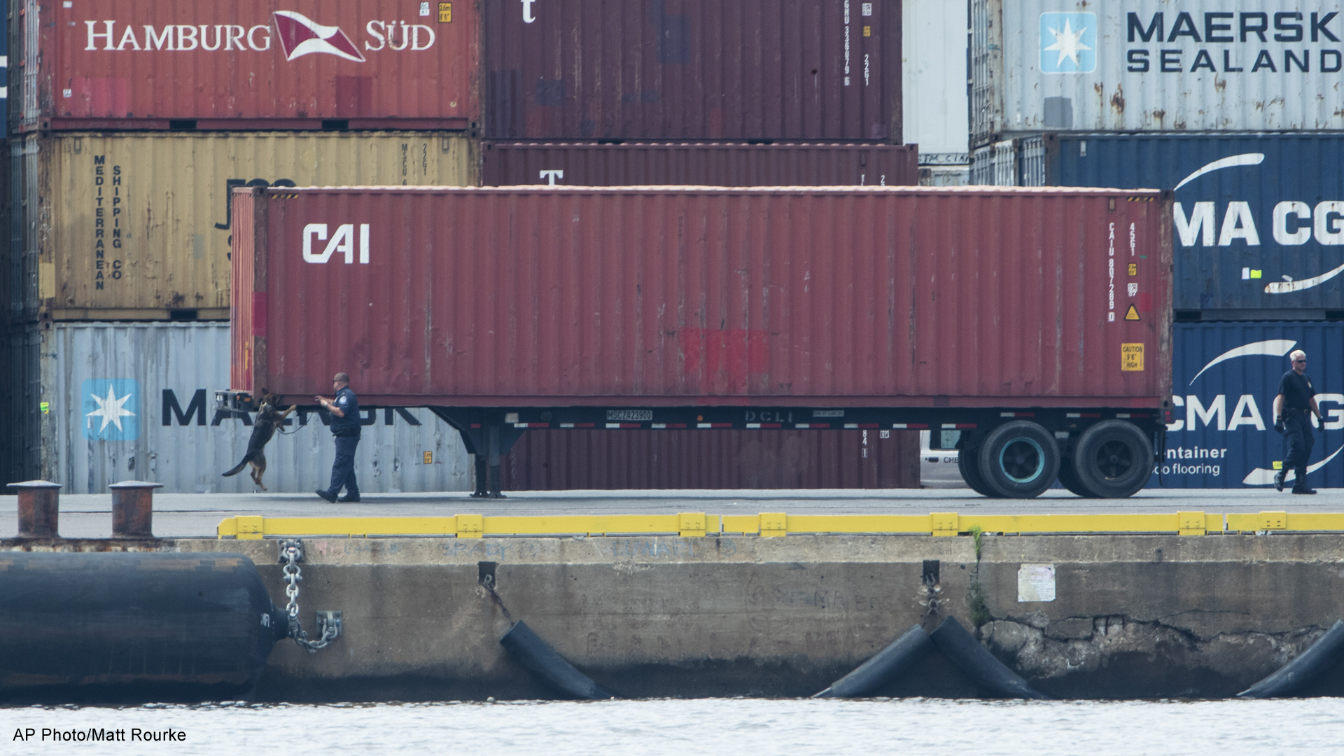 33K pounds of cocaine seized at Philadelphia port   WOODTV com