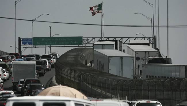 Mexico US border AP 060519_1559739739741.jpg.jpg