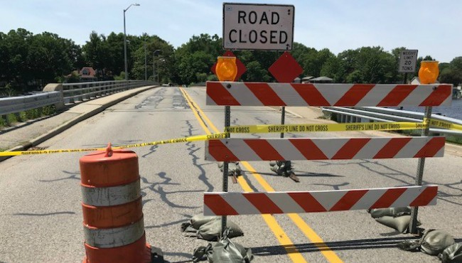 Smith's bridge closed in Ferrysburg