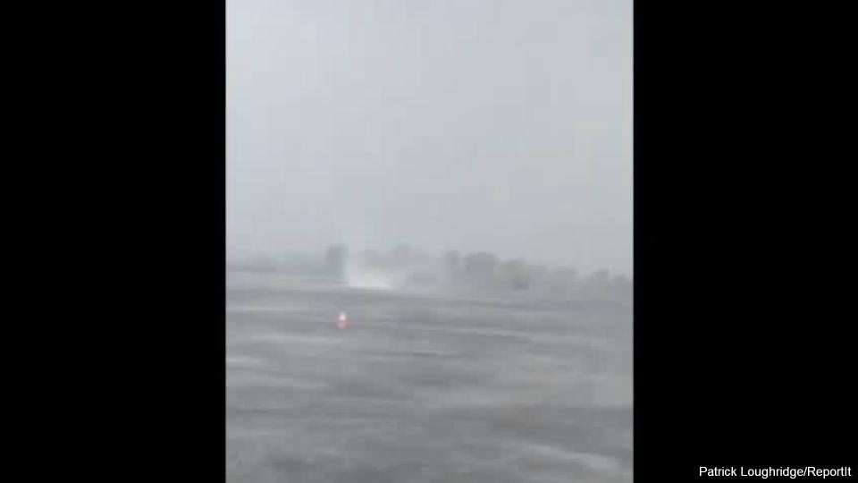muskegon lake waterspout