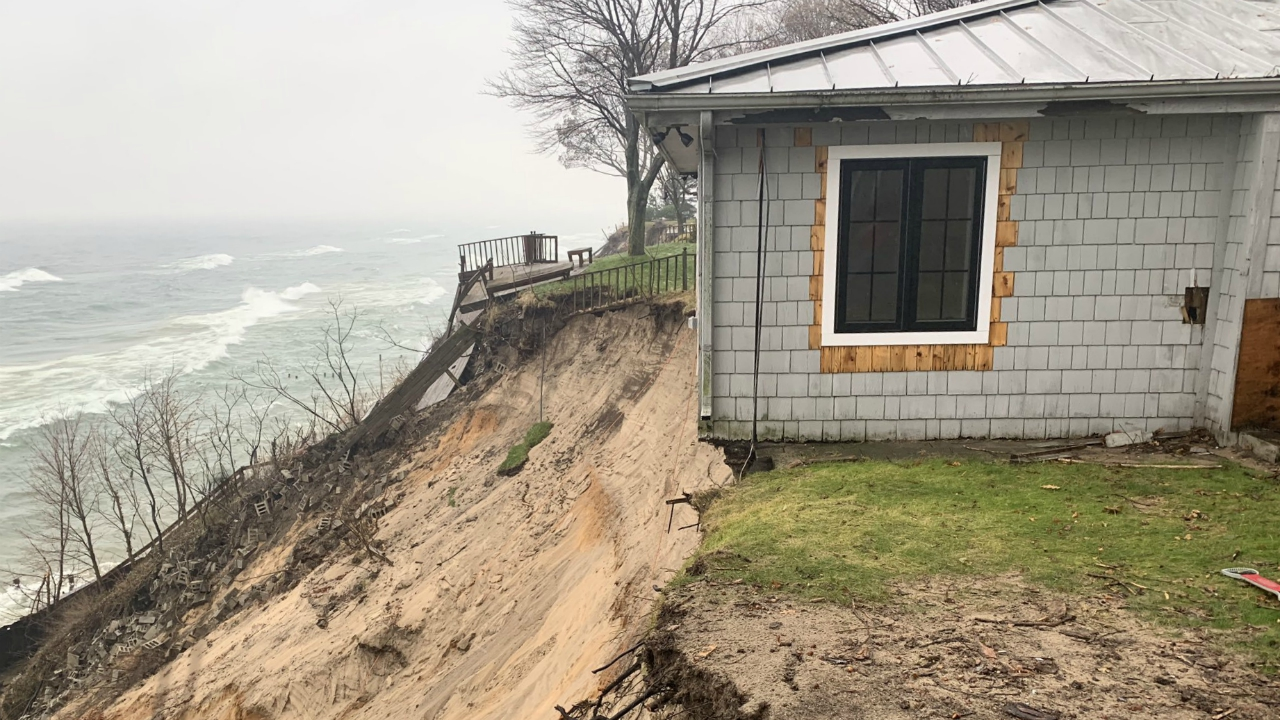 park township house on bluff