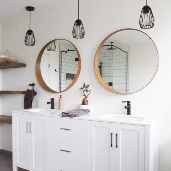 Black & White Modern Bathroom
