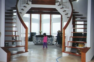 First free standing staircase