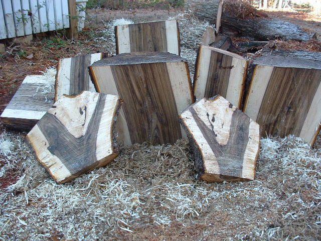 English Walnut Vs Black Walnut Wood