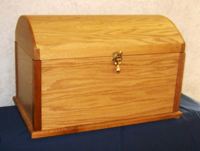 Rod's Woodworking Shop - Free Toy Box Treasure Chest Plans