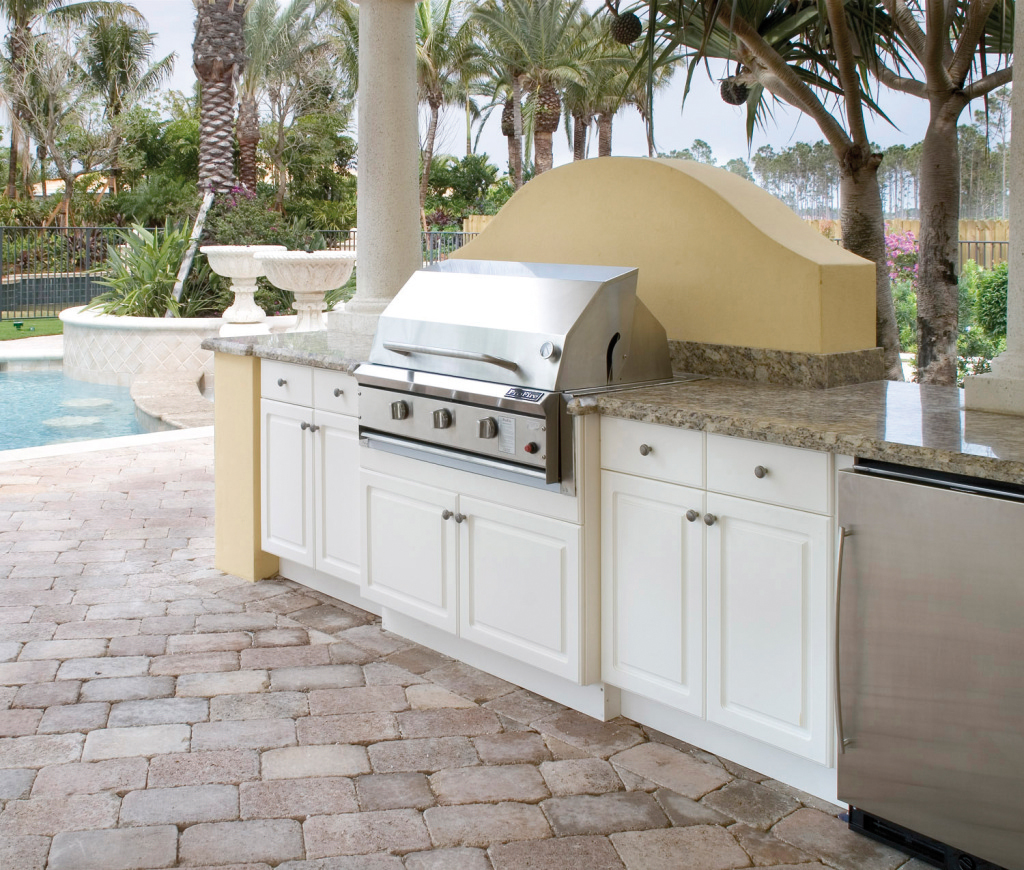 outdoor kitchen cabinets polymer food slicer naturekast cabinetry uses pvc covered in ...