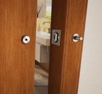 Privacy barn door lock