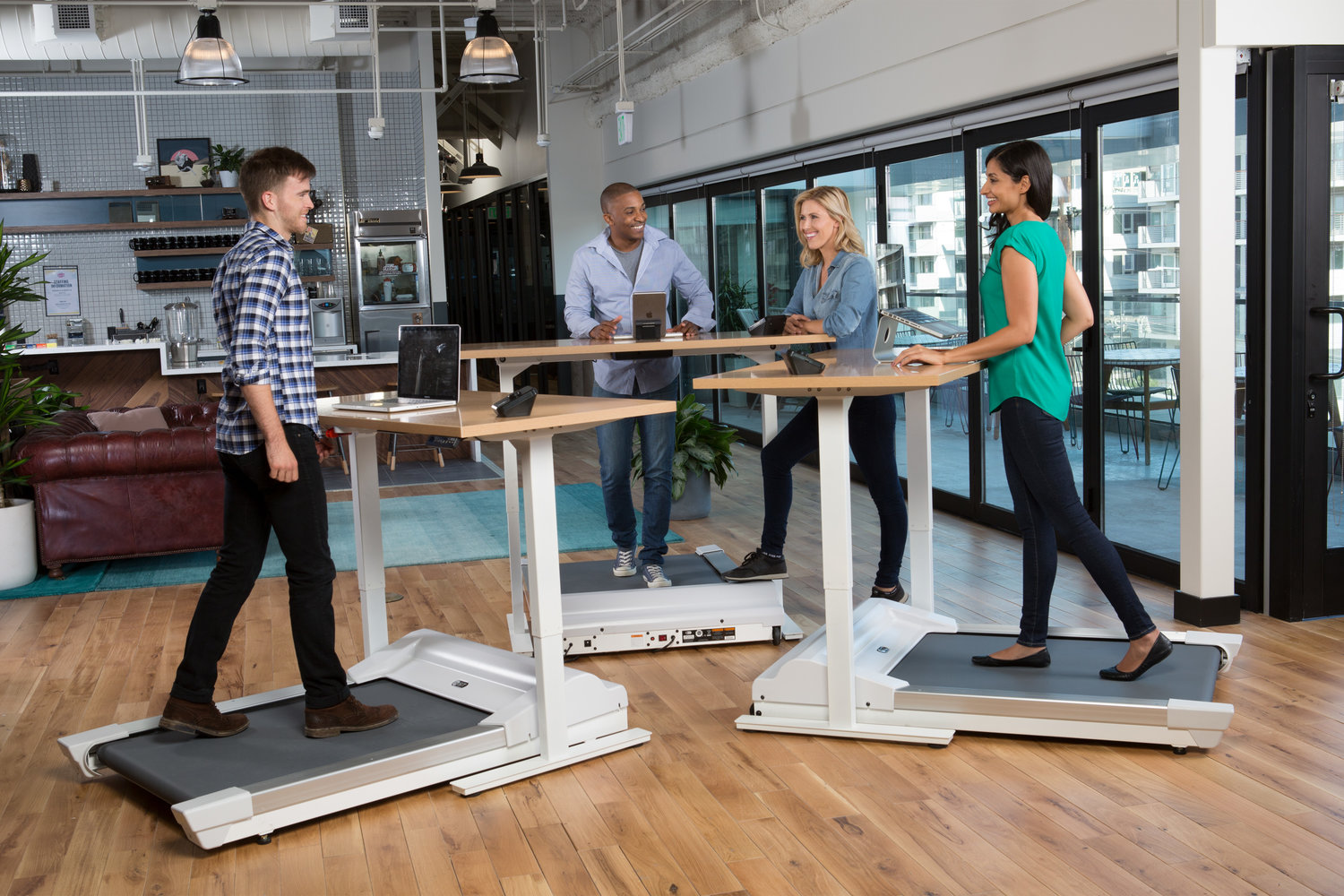 Work out at work standup desk features accompanying