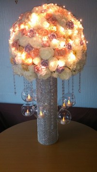 illuminted wedding centrepiece