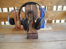 Skull Head Headphone Stand front