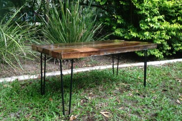 DIY | How to make a Recycled Wood Table with Hairpin Legs