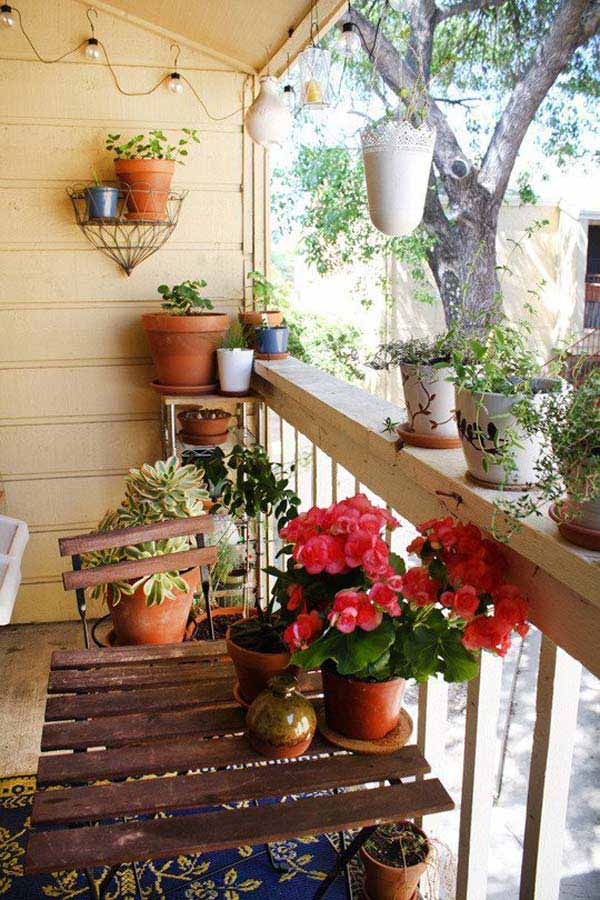 30 Inspiring Small Balcony Garden Ideas