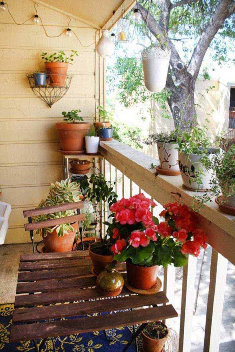 29 Inspiring Small Balcony Garden Ideas ~ ScaniaZ, DIY Plant 29