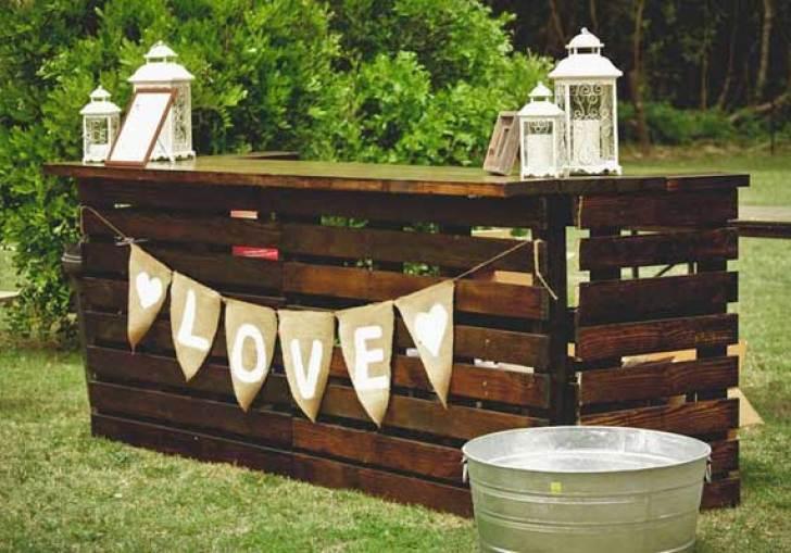 Outside Wedding Bar Ideas