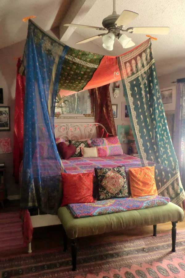 Your bedroom shouldn't just be a place to lay your head — it's the most personal space in your entire home. 20 Magical DIY Bed Canopy Ideas Will Make You Sleep