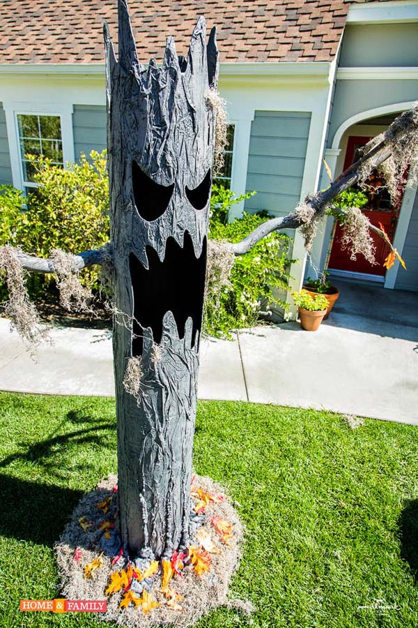 Scary Front Porch Halloween Decoration Ideas