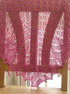 pink-swallowtail-shawl-fo-1