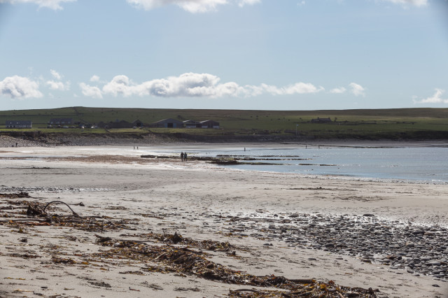 Bay of Skaill - with people!
