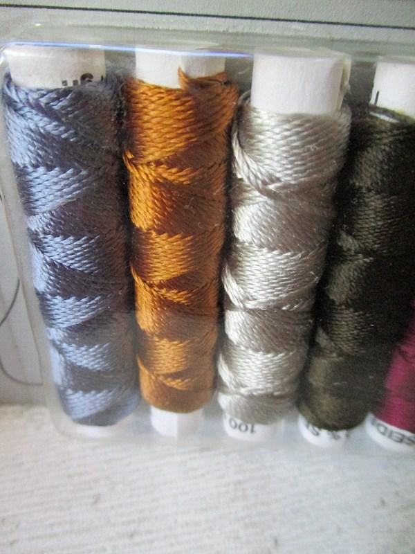 Seide Kombipackung graublau goldbraun silbergrau dunkelolivgrün beerenrot lila - Woolnerd