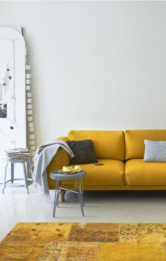 Oker gele details in huis  Wooninspiratie