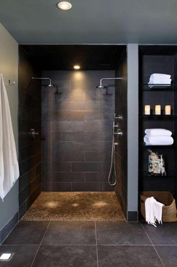 Badkamer met dubbel douche  Woontrendz