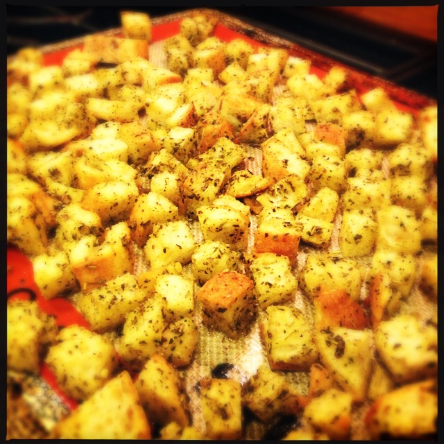 Finished croutons