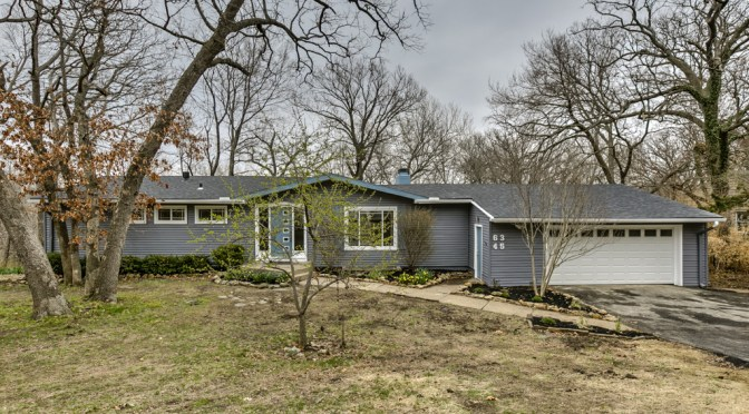 Updated Home For Sales located at 6345 Robin Hood Dr, Merriam, KS 66203